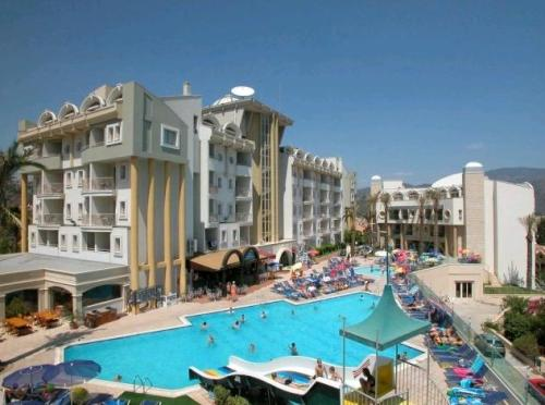 Hotel Grand Cettia.JPG