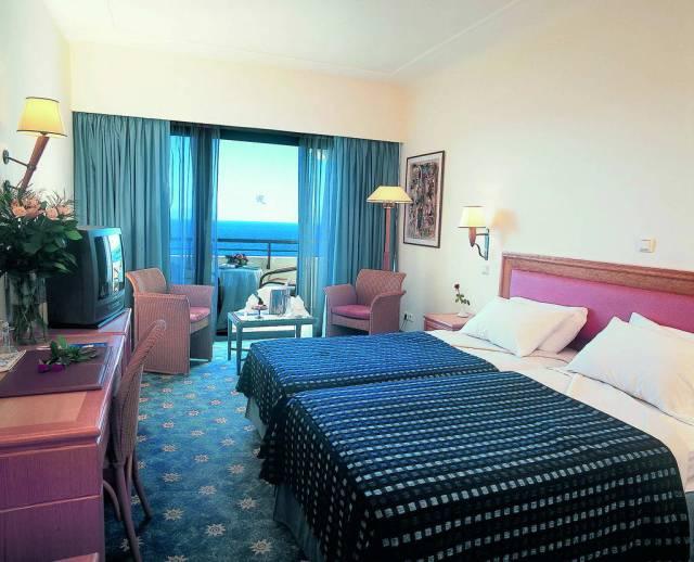 amatus-beach-standard-room.jpg
