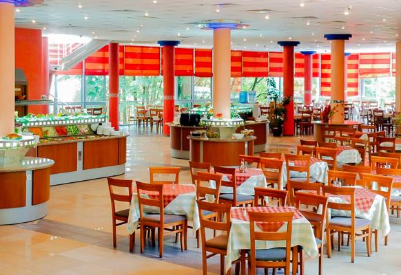 Nisipurile de Aur, Hotel Mimosa, restaurant.jpg