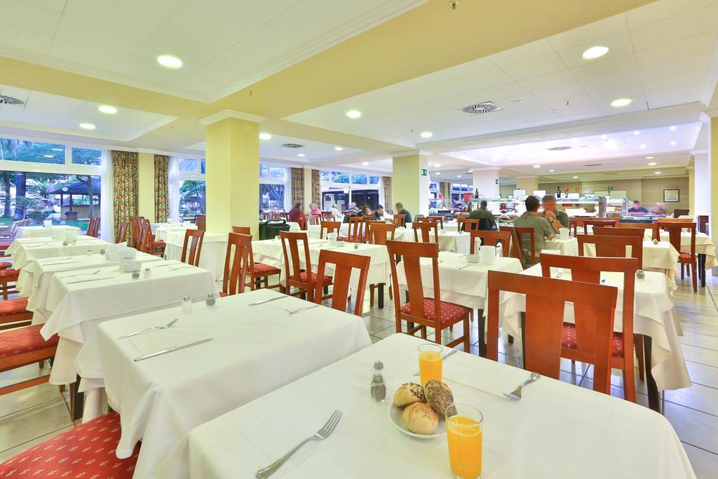 Blue Sea Puerto Resort 16.jpg