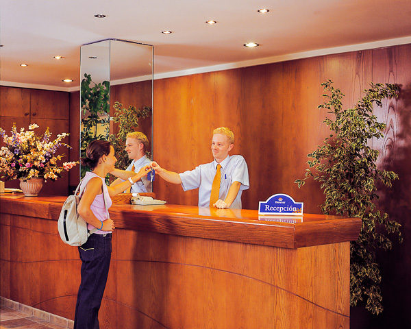 Mallorca, Hotel Roc Linda, receptie.jpg