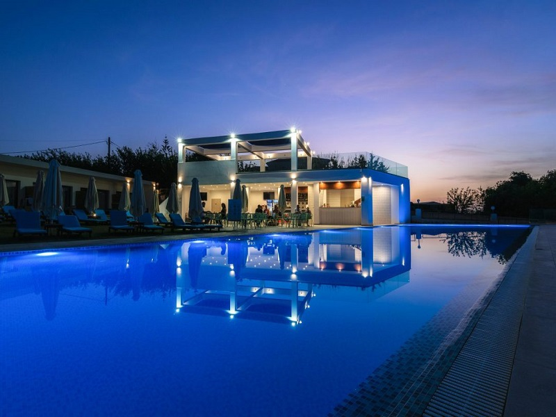 cavo-orient-beach-hotel-06-1080x720_site.jpg