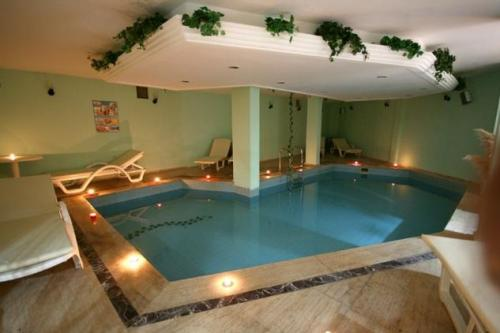 Hotel Golden Beach piscina.JPG