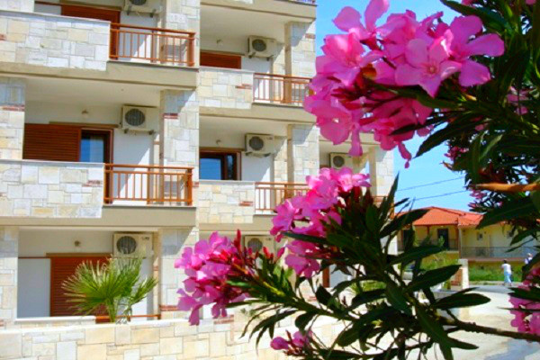 Halkidiki, Hotel Medousa, exterior, hotel, flori.jpg