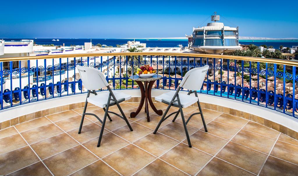 Sea Gull Beach 10.jpg