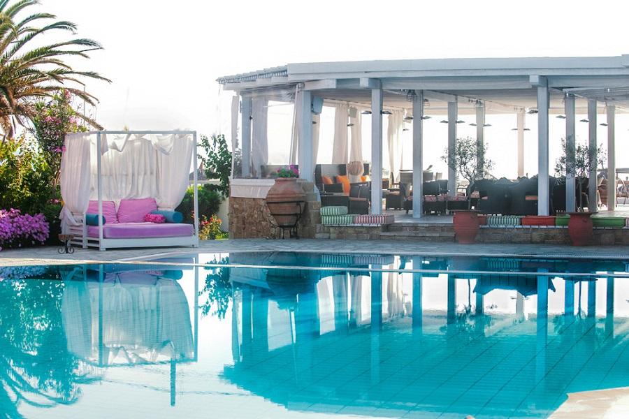 antigoni piscina.jpg