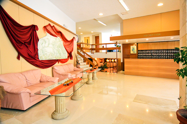 6  Reception area.jpg