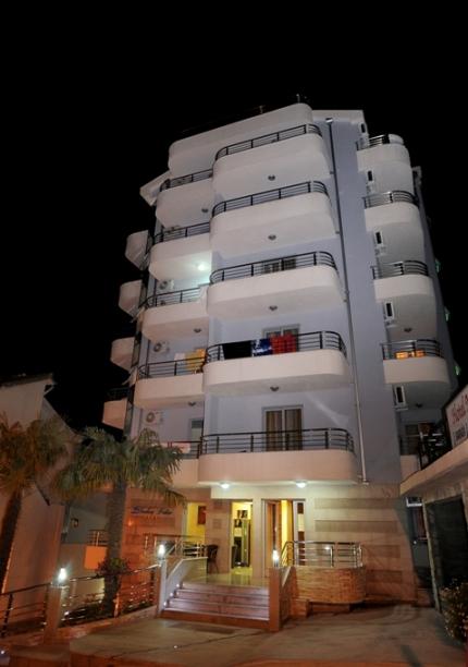 s_muntenegru_becici_hotel_dolce_vita_.jpg