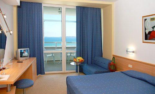 Hotel Grand Victoria camera dubla.jpg