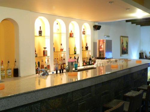 Hotel Elpida bar.JPG