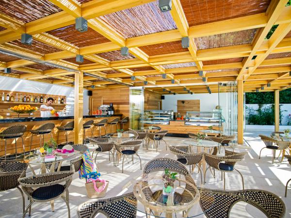 Rodos, Mitsis Faliraki, interior, snack bar.jpg