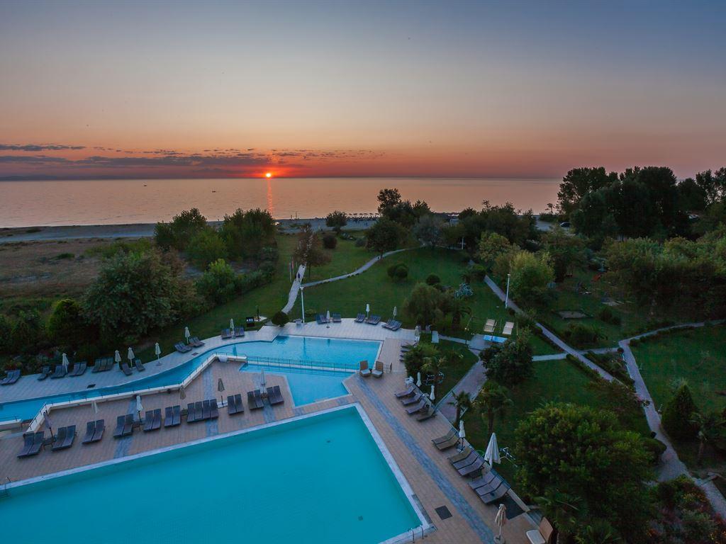 Bomo-Olympus-Grand-Resort3.jpg