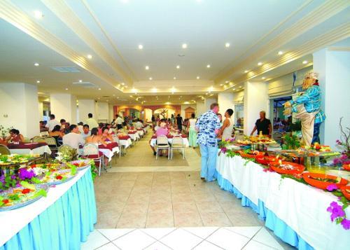 Hotel Asrin Beach restaurant.JPG