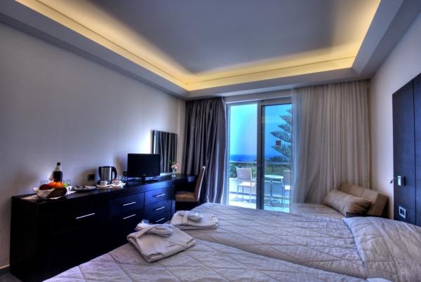 HOTEL-AMMOS-2.jpg