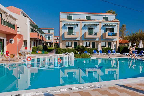 Zakynthos, Hotel Mediterranean Beach Resort, piscina exterioara.jpg