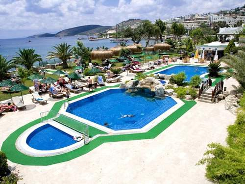 piscina royal asarlik beach.jpg