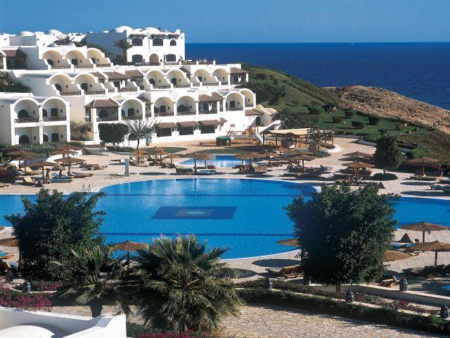pool_at_the_Sofitel_Sharm_El_Sheikh.jpg