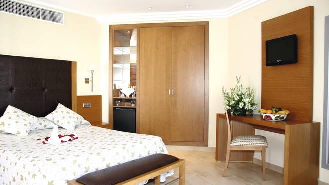 Aparthotel Ferrera Blanca 3.jpg