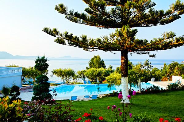 Lichnos Beach, Parga, exterior, piscina.jpg