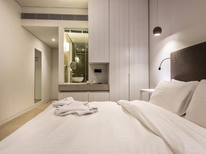 superior room_site.jpg