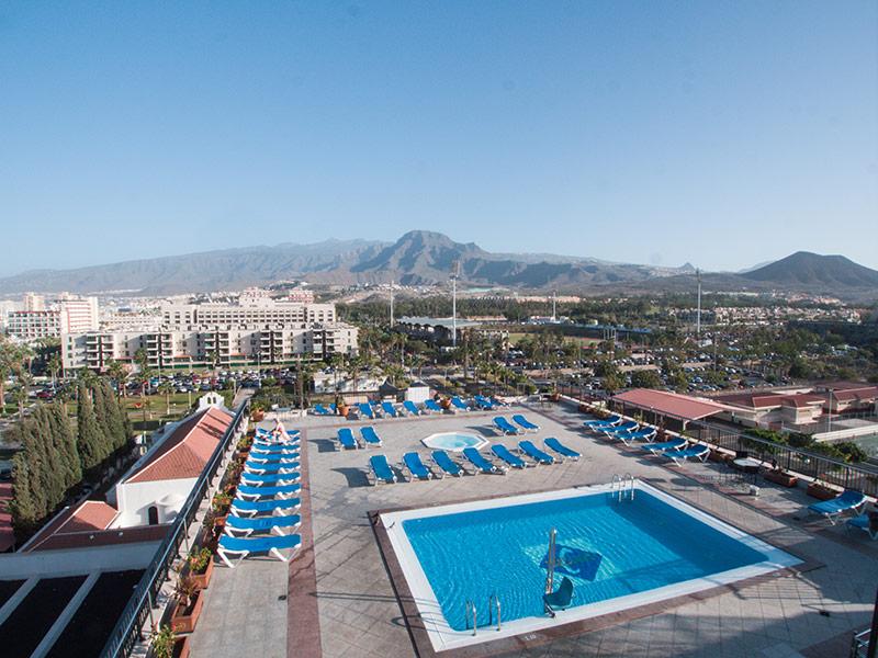 75_Hotel_Zentral_Center_Vista-PISCINA.jpg