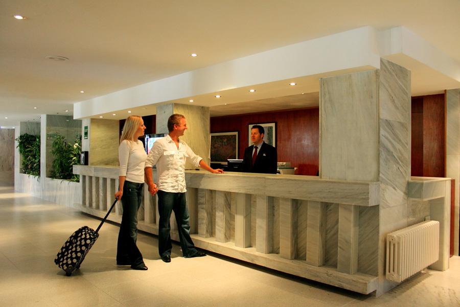 Receptie Hotel Java.jpg