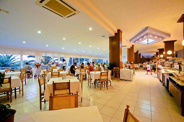 Halkidiki, Hotel Mendi, interior, restaurant.jpg