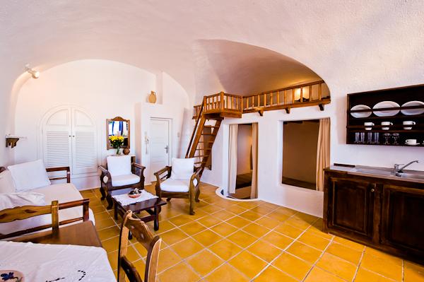 Krokos villas Cave suite.jpg