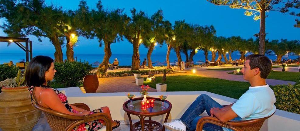 Terasa Hotel Santa Marina Beach.jpg