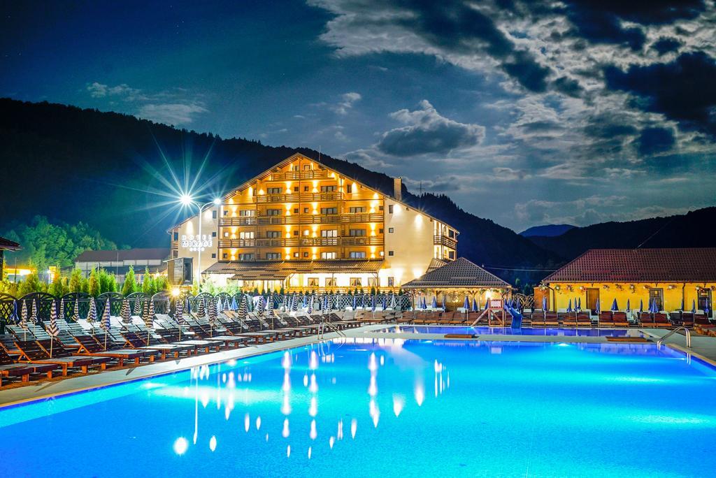 hotel mirage resort viseu de sus romania