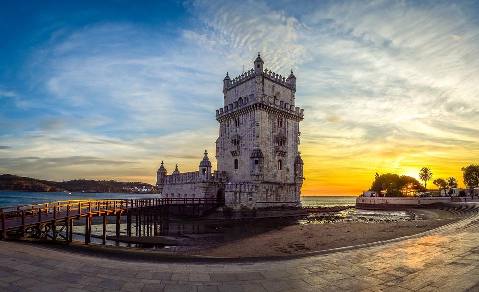 belem-tower-Portugalia Lisabona.jpg