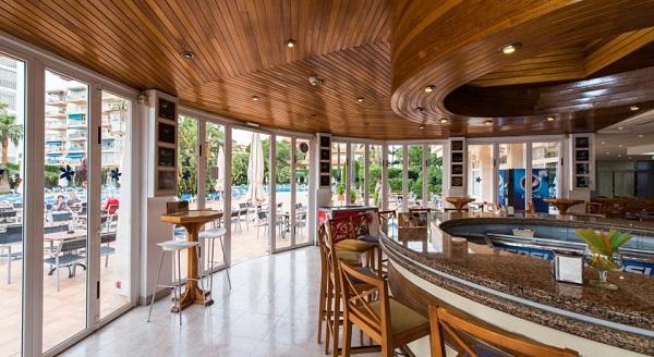 Oleander, Mallorca, interior, bar.jpg