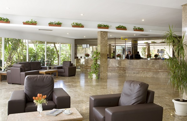 HM Martinique, interior, receptie,  lobby.jpg