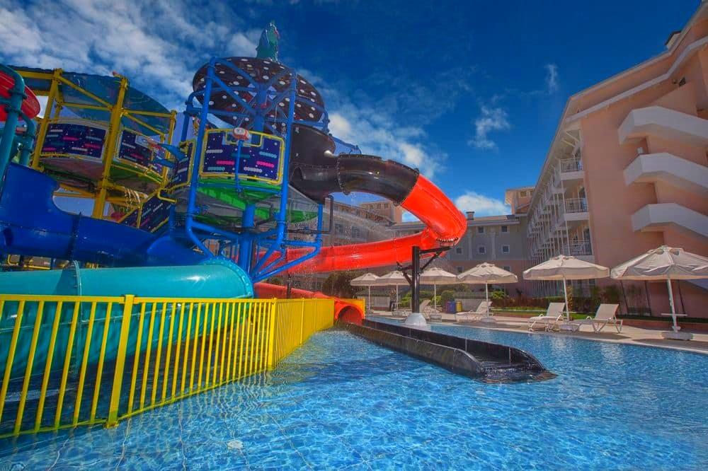 Belek, Hotel Innvista, piscina cu tobogan.jpg