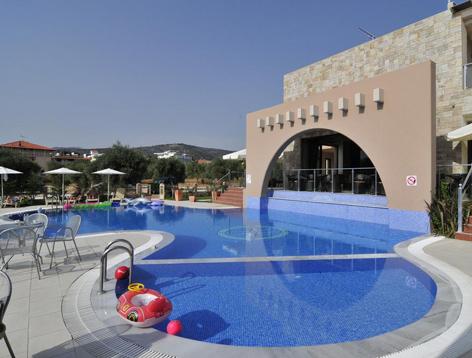 astir.piscina.jpg