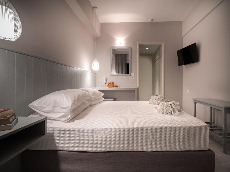 Double-Room-1-1-1024x683_site.jpg