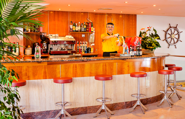 Costa Brava, Hotel Maritim, bar.jpg