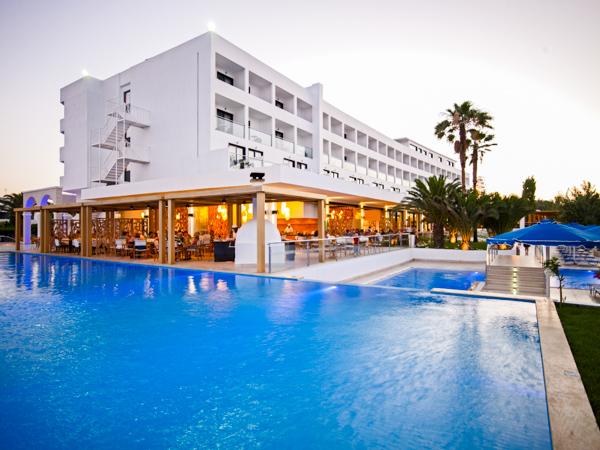 Rodos, Mitsis Faliraki, exterior, piscina, hotel.jpg
