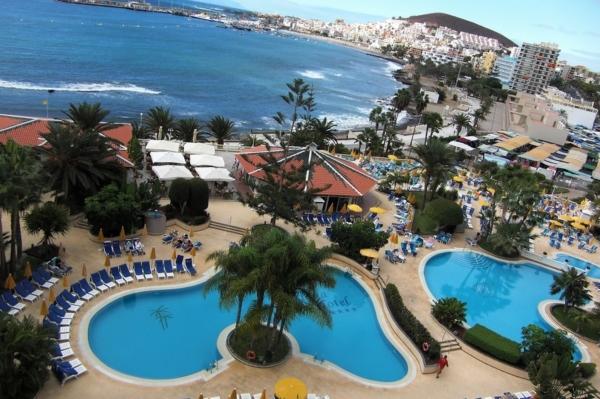 Tenerife, Spring Volcano, piscine - Copy.jpg