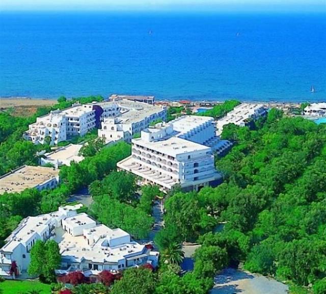 apollonia-beach-resort-&-spa-64951_15141.jpg