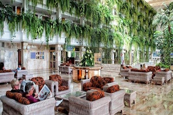 spring-vulcano-hotel-xg0_0714.jpg