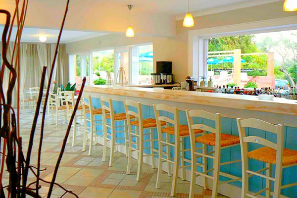 Lefkada, Hotel Happyland, interior, bar.jpg