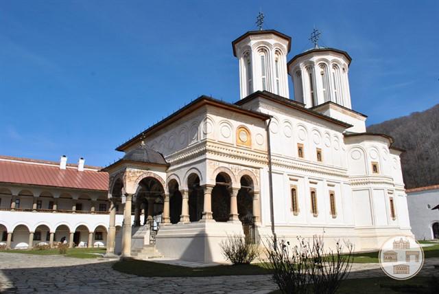 Manastirea-Hurezi.jpg