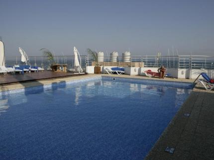 flamingo-beach-hotel-larnaca_180220131606228868.jpg
