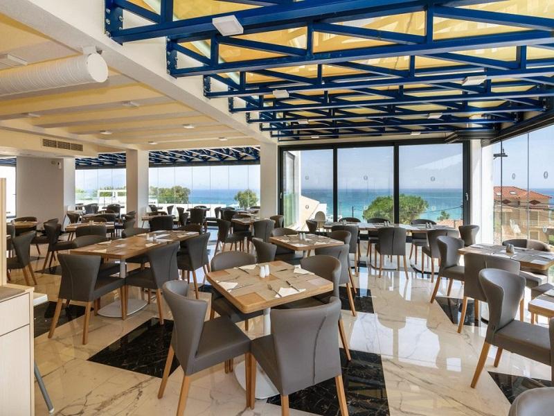 cavo-orient-beach-hotel-34-1080x720_site.jpg
