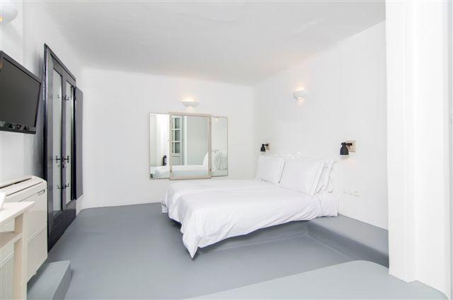Serenity Two Bedroom Suite 4.JPG