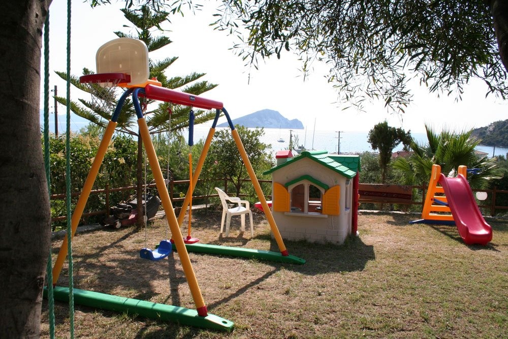 villa-panorama-playground.jpg