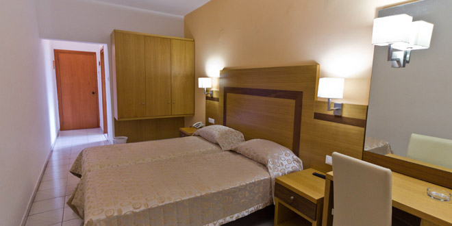 hotel-africa-1395665558.jpg