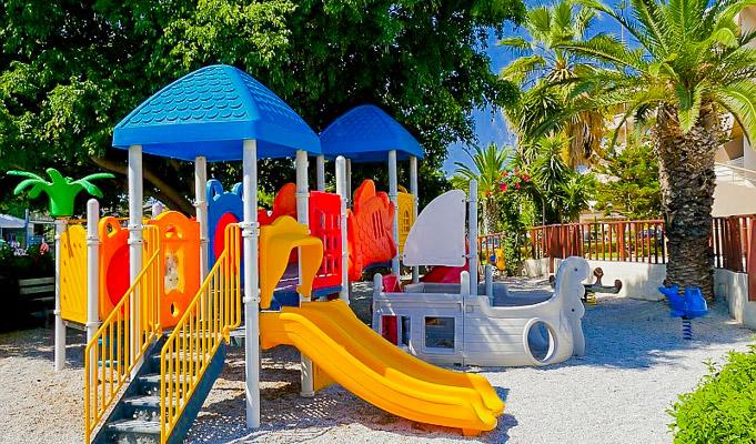 Kids_Playground_2-6yrsa1501e.jpg