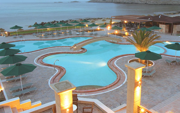Hotel Lindos Memories piscina.jpg